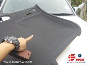 งานซ่อมผ้าบุหลังคา Audi TT ที่ ศูนย์เบนซ์ SW 1