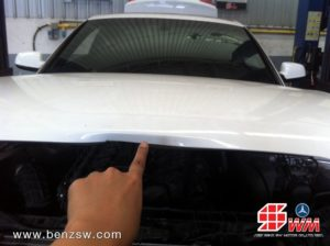 Audi A5 ฝากระโปรงยุบ