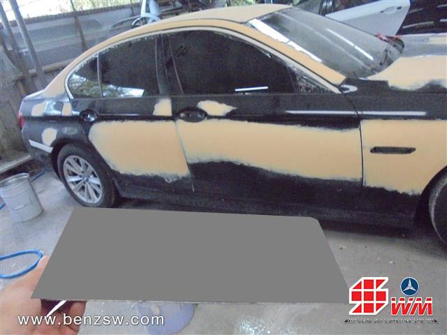 ซ่อมตัวถัง โป๊วสี BMW 520d อู่เบนซ์ เอส ดับบลิว ด้านข้าง
