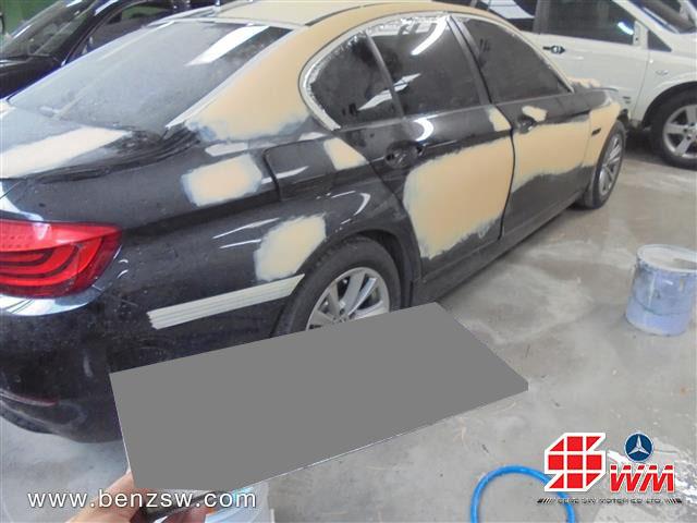 ซ่อมตัวถัง โป๊วสี BMW 520d อู่เบนซ์ เอส ดับบลิว ด้านหลัง