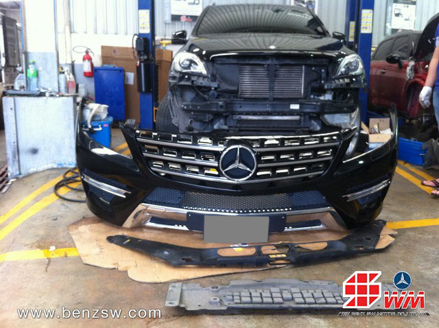 กันชนหน้า Benz ML250