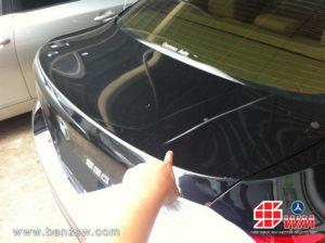 รอยฝากระโปรงท้ายก่อนซ่อม BMW 520d