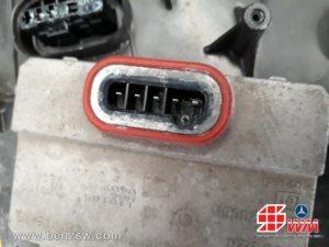 กล่องไฟหน้า Benz W171