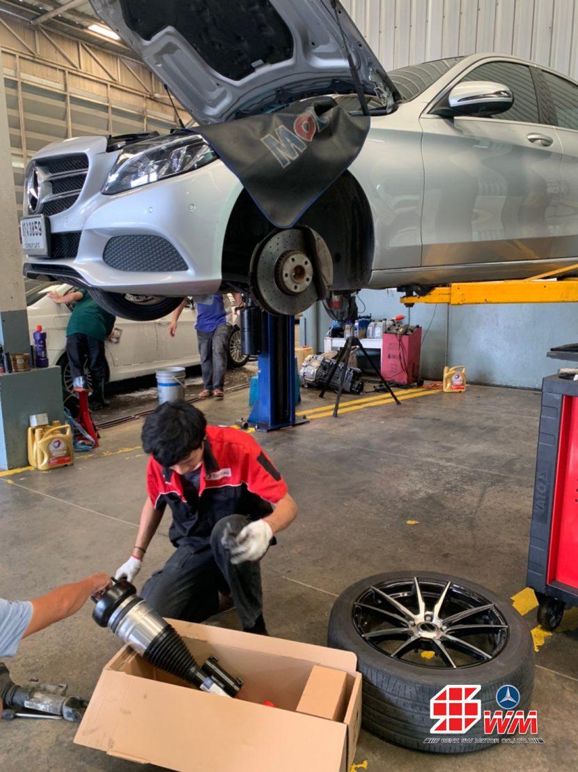 ศูนย์ซ่อมเบนซ์ เอส ดับบลิวฯ เปลี่ยนโช๊คอัพ โช๊คถุงลม Mercedes Benz C350